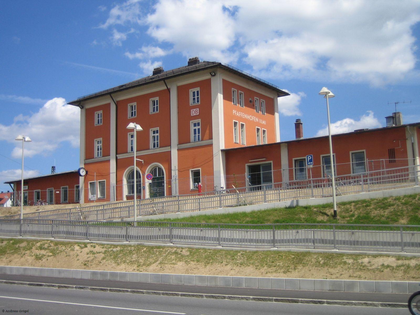 Bahnhof von vorne