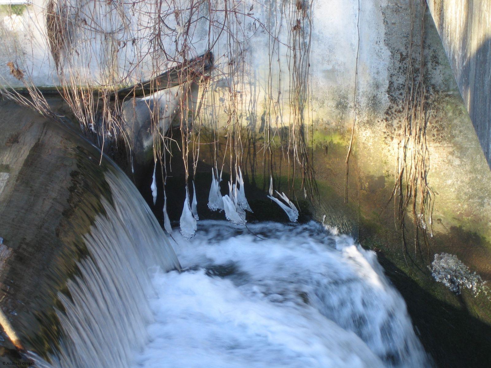 Eiszapfen am Gerolsbach