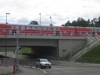 Bahnhof mit Regionalzug über der neuen Unterführung