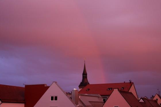 Abendrot mit Regenbogen