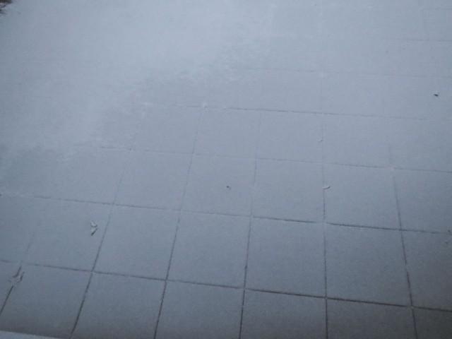 verschneite Terrasse