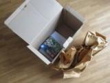 Kleines Lego-Set in großer Verpackung