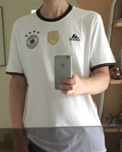 Ich im deutschen EM-Trikot