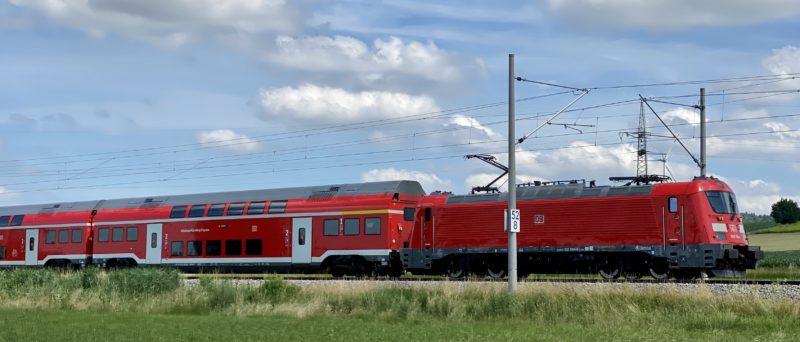 München-Nürnberg-Express mit Škoda-Zug bei Förnbach, RE 1 (4023) heute, vmtl. pünktlich